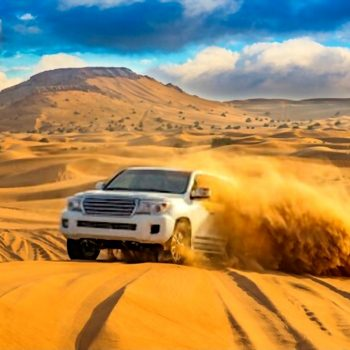 desert dune bashing dubai